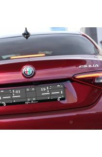 Alfa Romeo logózott egyszínes rendszámtáblakeret
